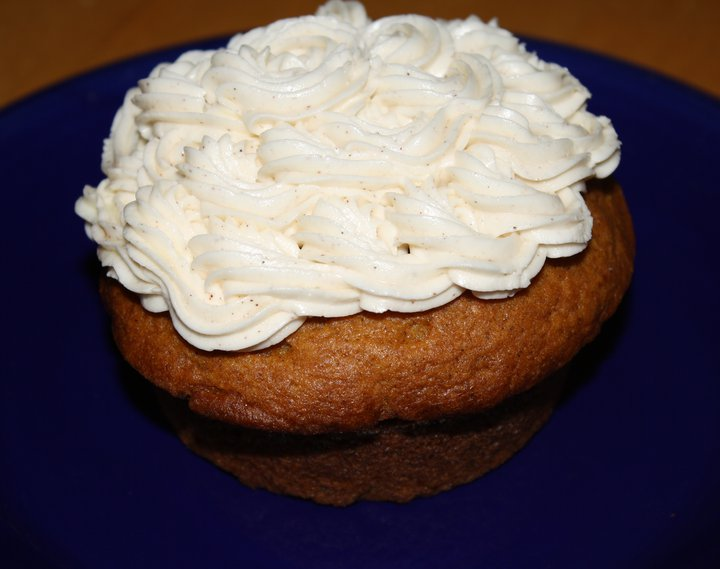 Spiced Pumpkin-EVOO Cupcakes with Cinnamon-Vanilla Buttercream Frosting